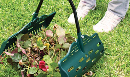 Choosing the Best Leaf Grabbers for Garden Maintenance